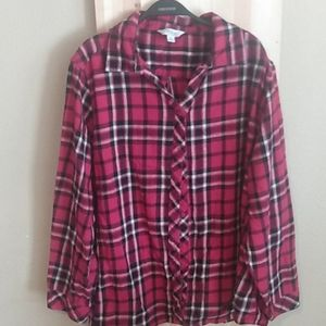 Red black and white long-sleeve flannel shirt